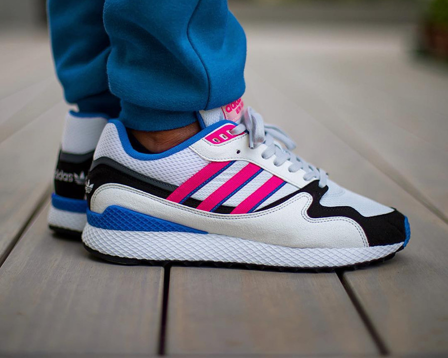 chaussure-adidas-ultra-tech-og-shock-pink-1991-on-feet (3)