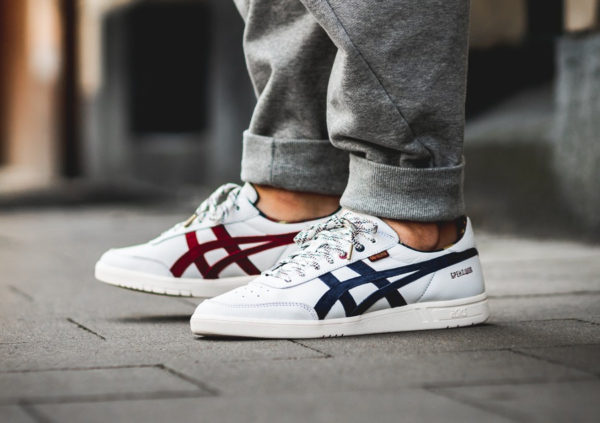 chaussure-brandshop-asics-gel-vickka-trs-blanche-aux-pieds-H83SK-0058 (3)