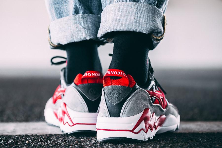 chaussure-highsnobiety-mizuno-wave-rider-noire-rouge-grise-édition-limitée (4)