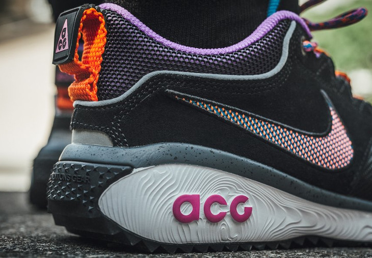 chaussure-nike-acg-dog-mountain-noire-orange-violet-on-feet-AQ0916-001 (1)
