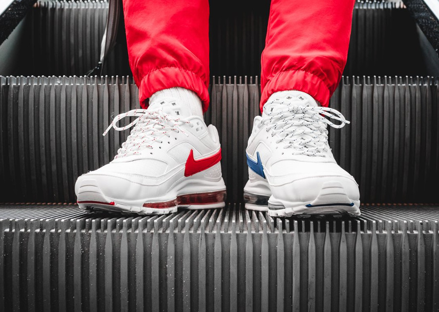 chaussure-nike-air-max-97-bw-hybride-bleu-blanc-rouge-on-feet (4)