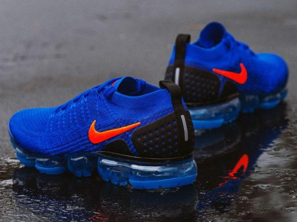 chaussure-nike-air-vapormax-2-tissage-bleu-foncé-swoosh-orange (1)