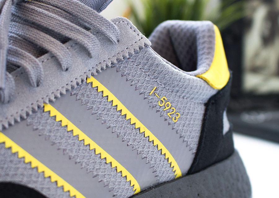 chaussure-size-adidas-i-5923-noire-grise-jaune-fluo (7)