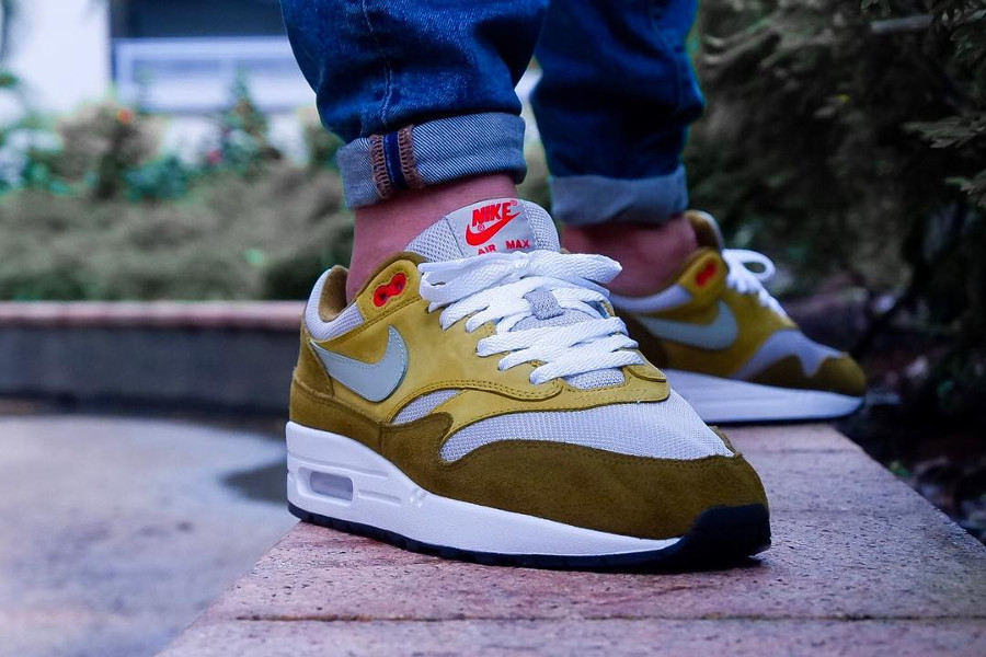 Review] Nike Air Max 1 PRM QS 'Green Curry' Olive Flak