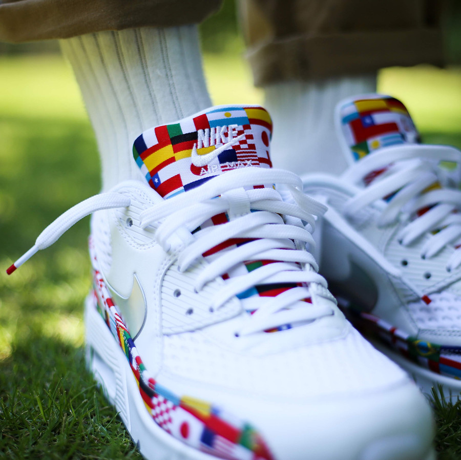 Nike Air Max 90 NIC QS International Flag on feet