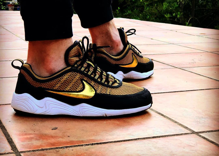 Nike Air Zoom Spiridon Black Metallic Gold - @chenetwo8
