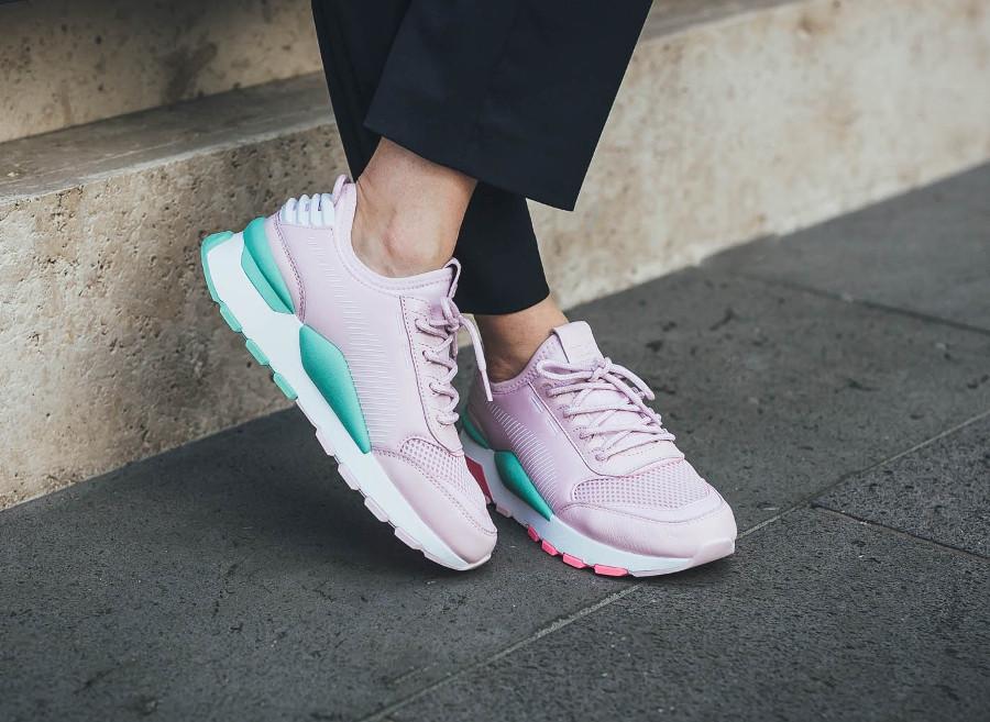 Puma-RS-0-Play-rose-et-turquoise-pour-femme-367515-04