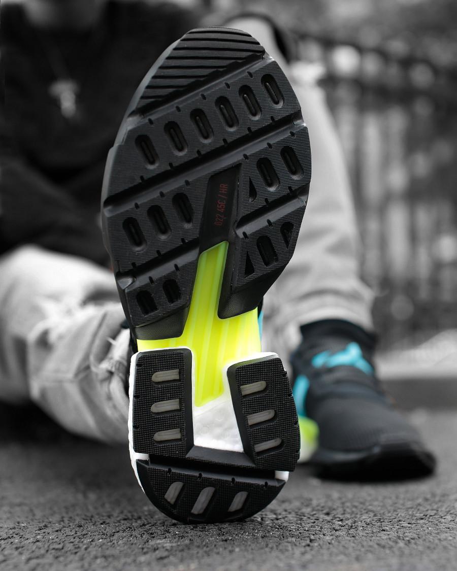 adidas-POD-S3-1-core-black-ftwr-white-on-feet (2)