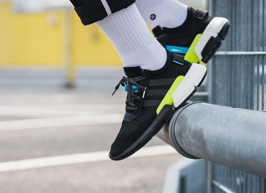 basket-adidas-POD-S3-1-core-black-ftwr-white-on-feet (5)