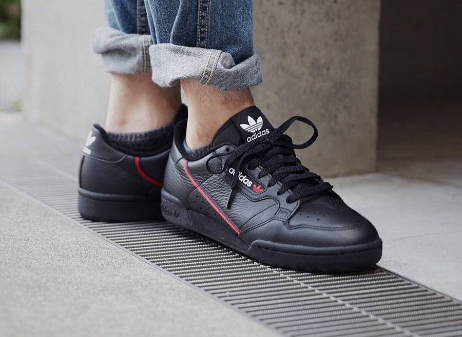 adidas-continental-core-black-scarlet-B41672