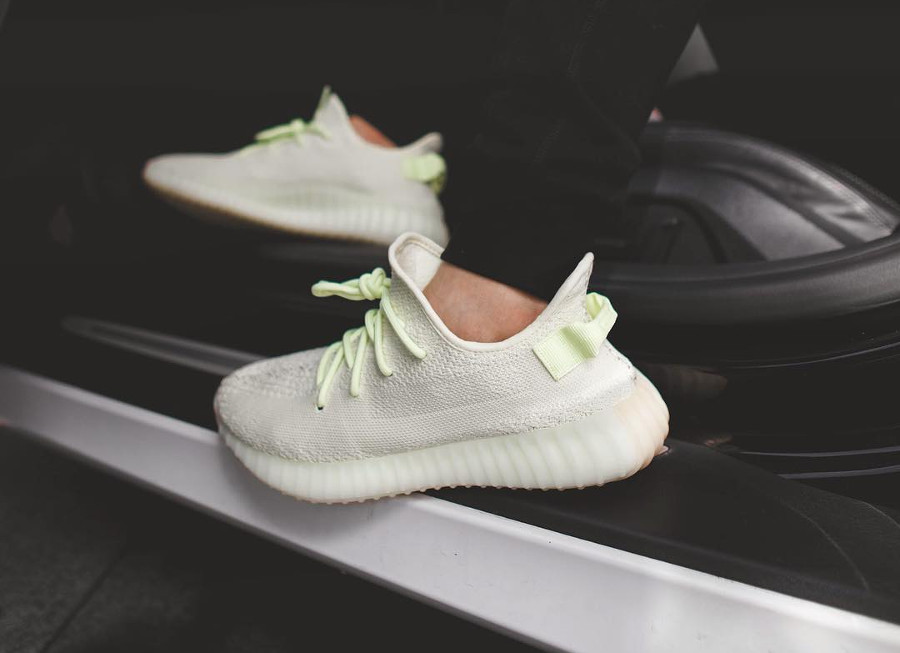 adidas-yeezy-350-boost-v2-butter-on-feet (1)