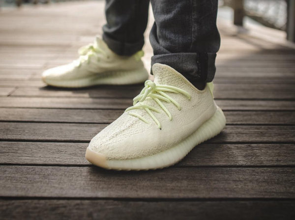adidas-yeezy-350-boost-v2-butter-on-feet (2)