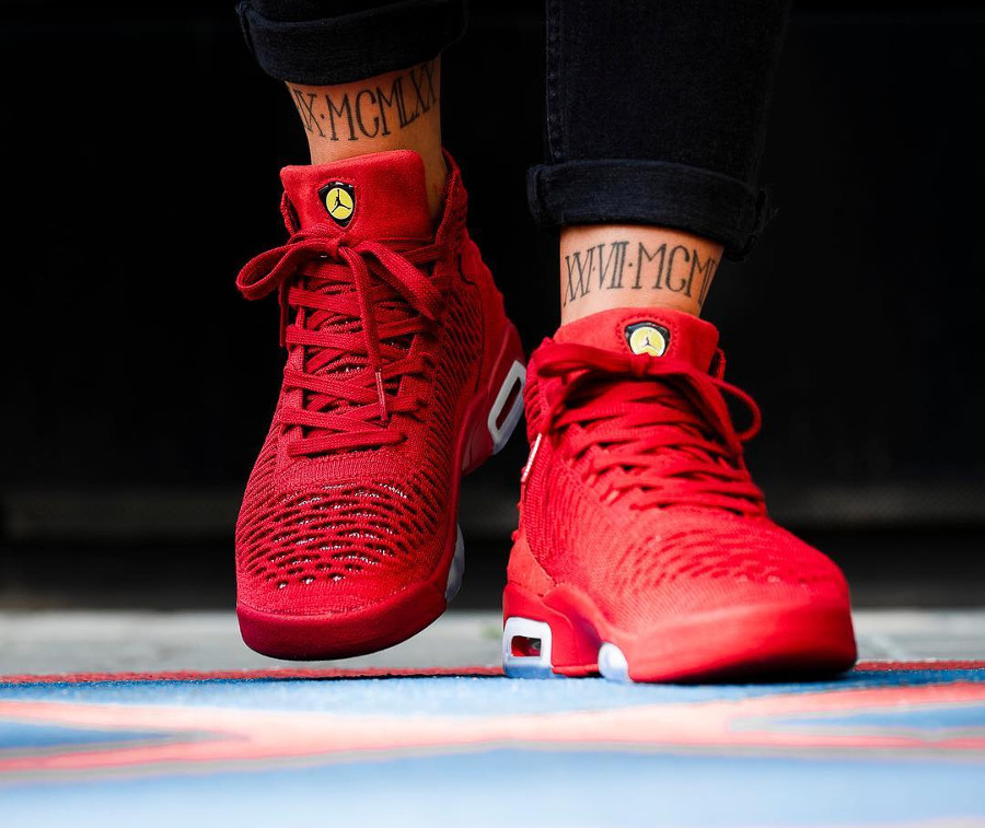 basket-air-jordan-flyknit-elevation-23-gs-fille-ferrari-AO1538-601 (2)