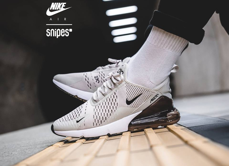 reputable site ef83b d1ec6 Review : Nike Air Max 270 homme Light Bone 2.0 Sepia Stone