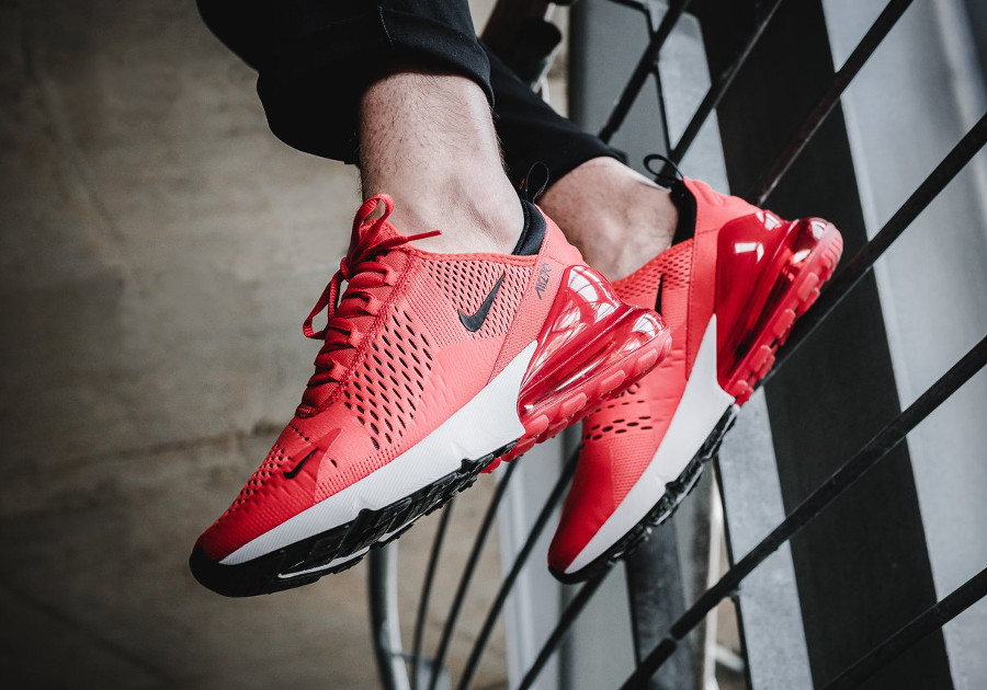 basket-nike-air-max-270-rouge-piment-on-feet (4)