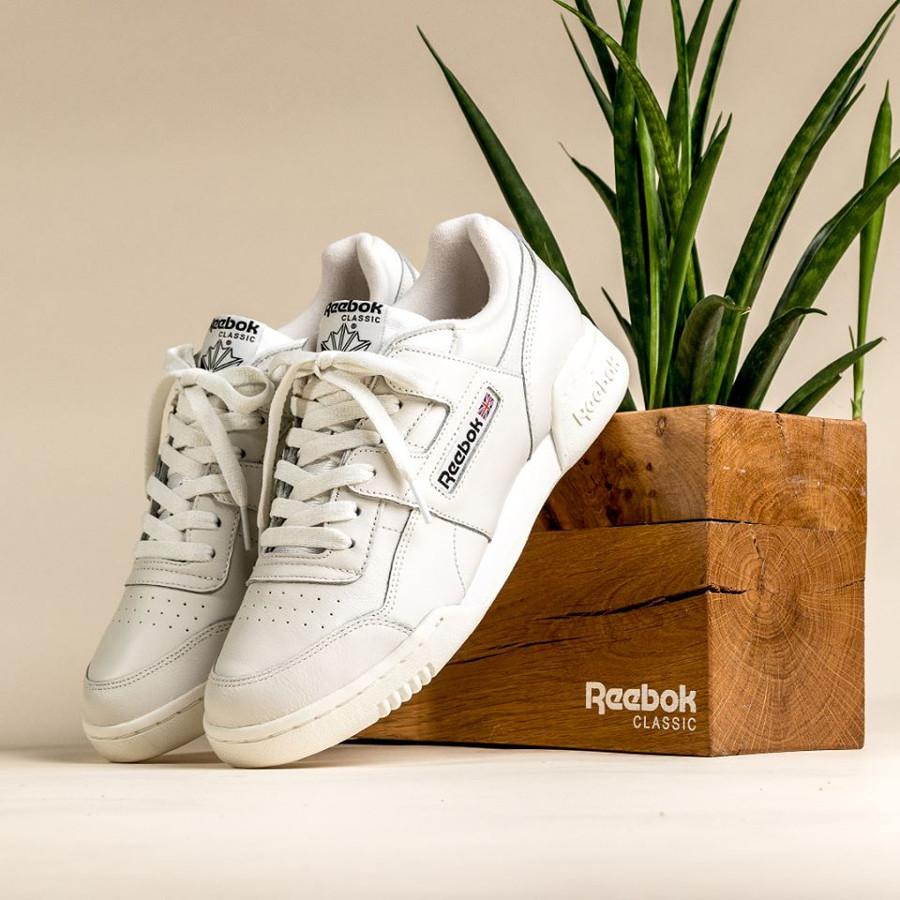 basket-reebok-classics-workout-mu-blanc-cassé-noire-CN4966 (2)