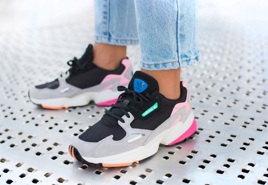 Review : la Adidas Falcon femme Black Light Granite, que ...