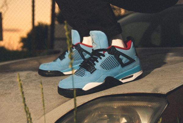 fedb6f382a6855 Review   Air Jordan 4 Retro Bleu Cactus Jack Travis Scott on feet