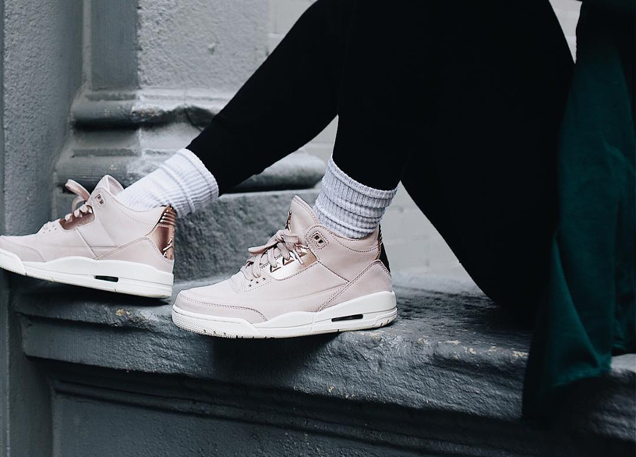Air Jordan 3 Wmns SE Retro 'Rose Gold'