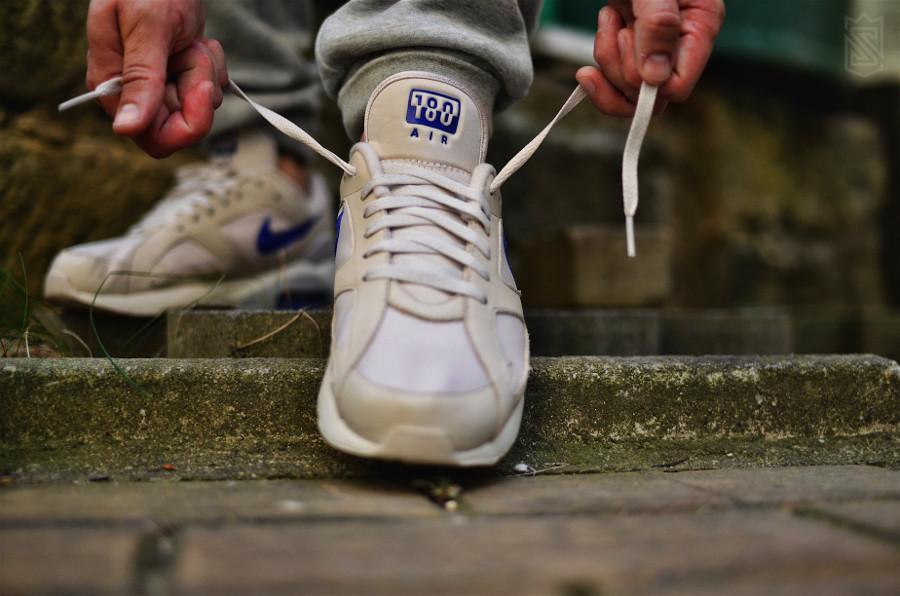 chaussure-nike-air-max-180-desert-sand-racer-blue-on-feet (3)