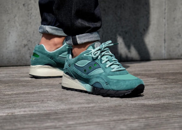 Feature x Saucony Shadow 6000 'Living Fossil'