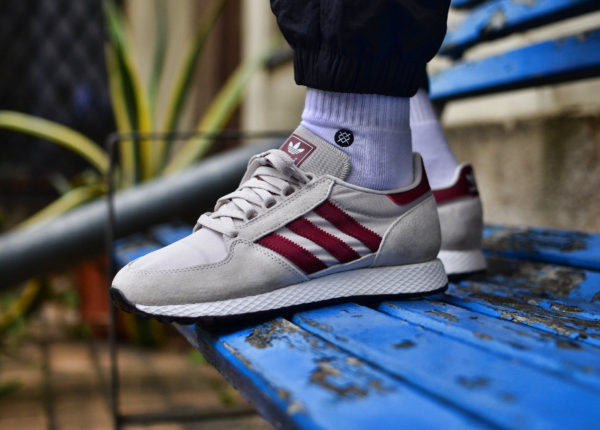 guide-des-achats-adidas-forest-grove-og-chalk-on-feet (4)