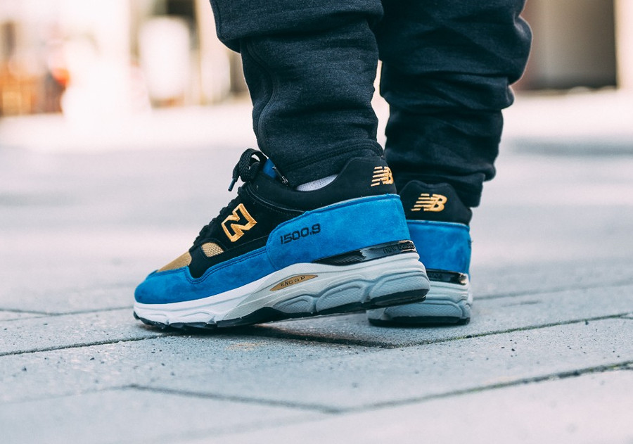 new-balance-m-15009-cv-black-blue-gold-made-in-england-on-feet (6)