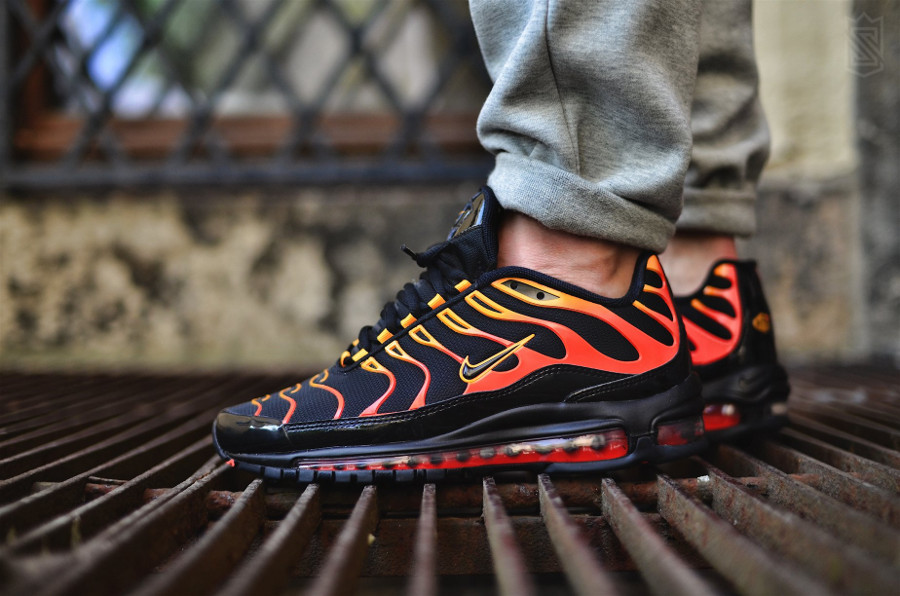 Nike Air Max 97 Plus OG 'Bullet Shark' Shock Orange Black