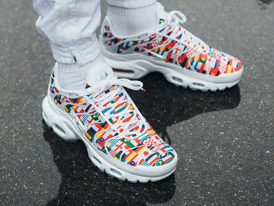 autumn shoes cheaper new cheap Comment acheter Nike Air Max Plus TN Requin NIC QS One World ?