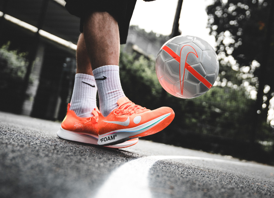 Virgil Abloh x Nike Zoom Fly Mercurial Flyknit 'Black & Total Orange'