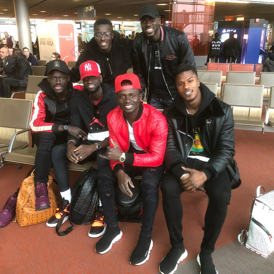 sadio-mané-en-balenciaga-trainer-speed