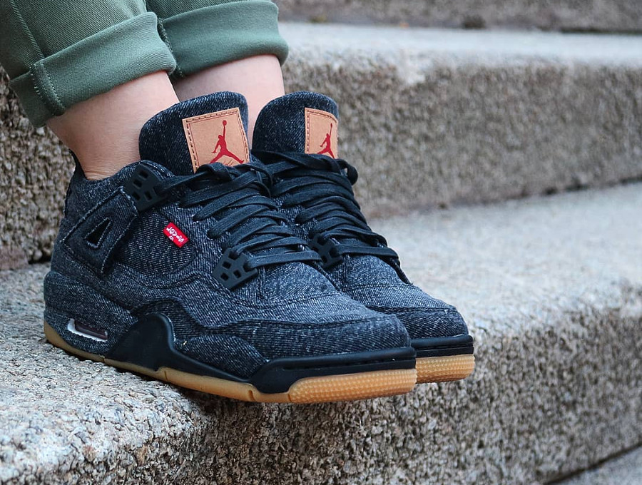 Air Jordan 4 Retro Levis NRG Black Denim - @ollkil