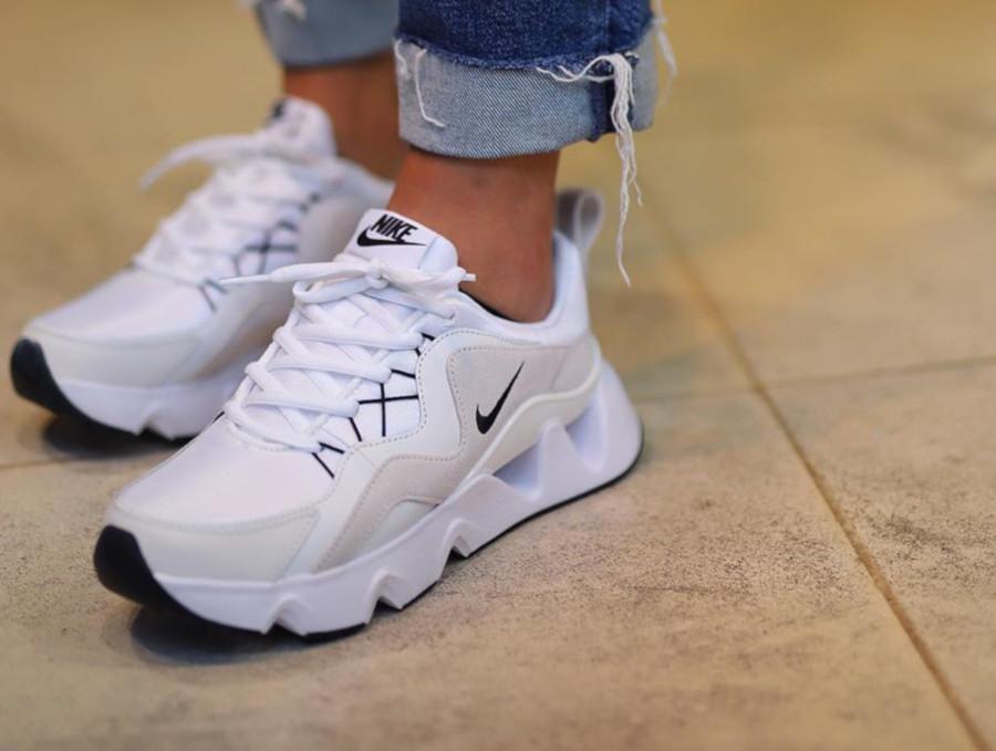 Nike RYZ 365 blanche pas cher