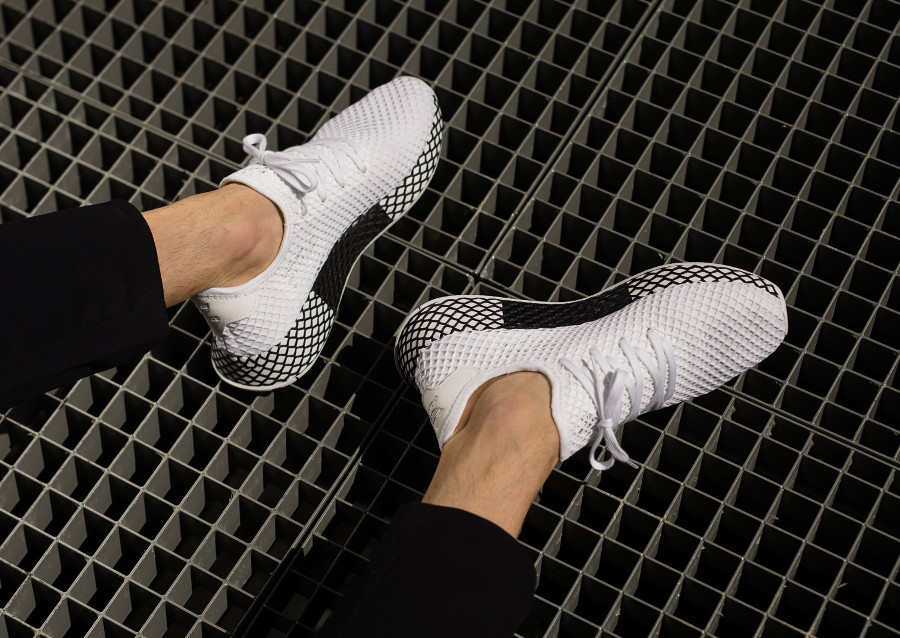 adidas-deerupt-runner-white-black-on-feet-B41767 (1)