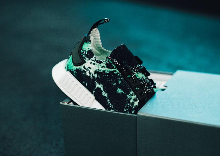 adidas-nmd-r1-primeknit-noire-effet-marbre-vert-BB7996 (2)