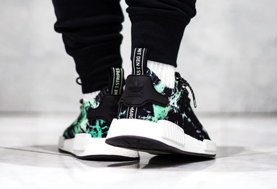 adidas-nmd-r1-primeknit-noire-effet-marbre-vert-on-feet-BB7996