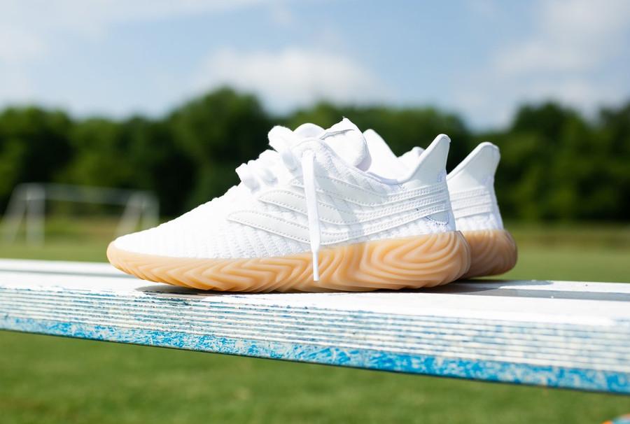adidas-originals-sobakov-mesh-blanc-semelle-en-gomme-BB7666 (1)