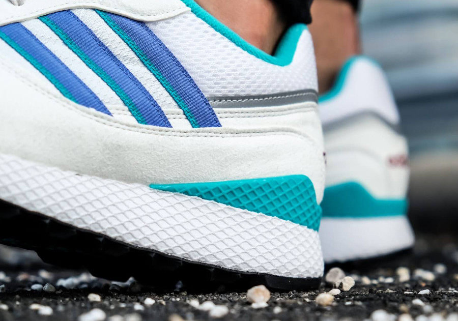 adidas-originals-ultra-tech-blanche-turquoise-violet-B37916 (6)