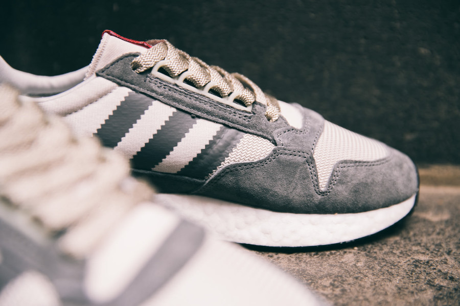 adidas-zx-500-rm-2018-grey-four-white-scarlet-B42204 (2)