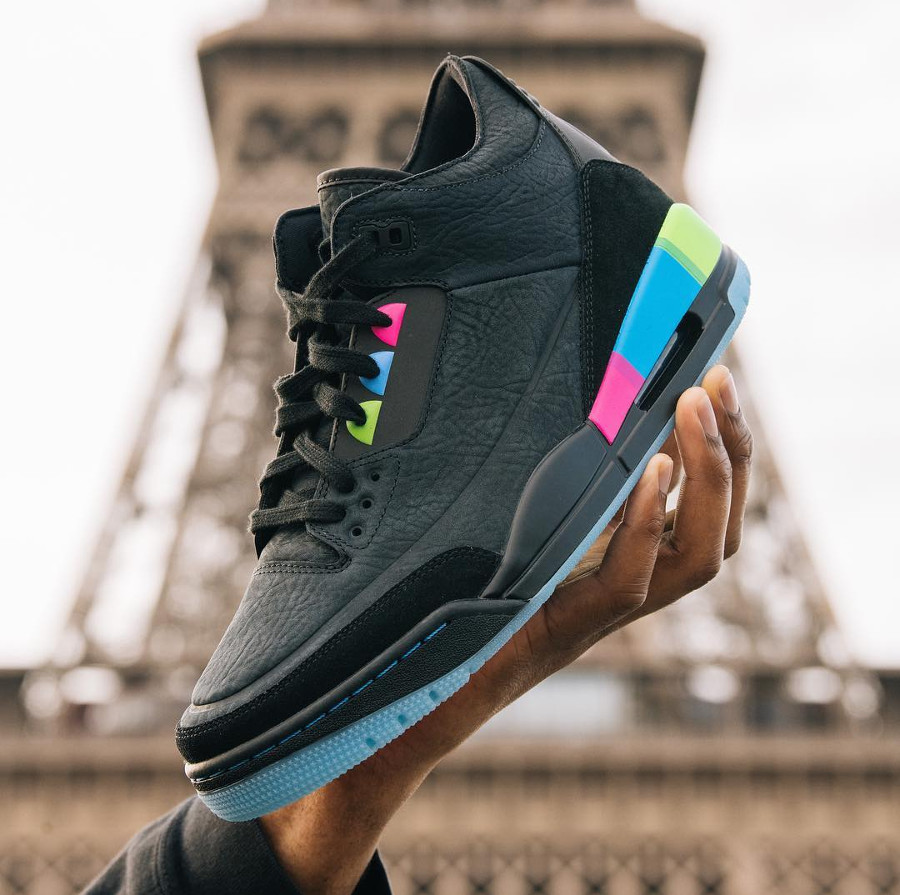 air-jordan-3-quai-54-black-electric-blue-infrared-23-AT9195-001 (1)