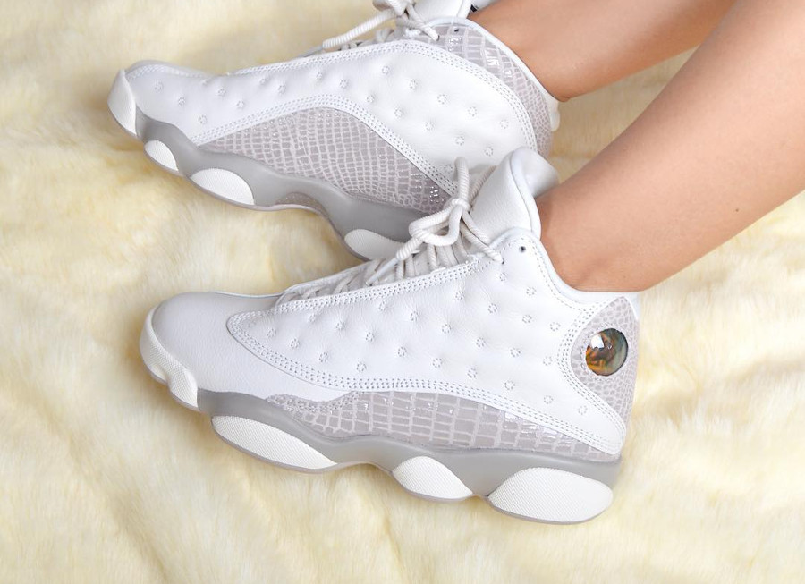 Air Jordan 13 Retro Wmns 'Moon Particle'