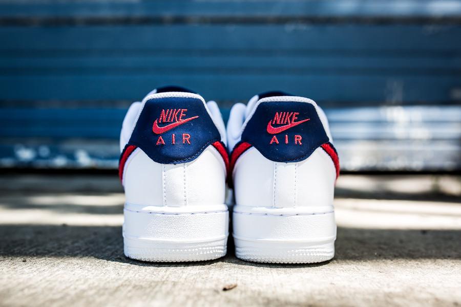 La Air Swoosh' Nike Blanche Lv8 1 Force Vaut '07 Que 'chenille nN80wOvm