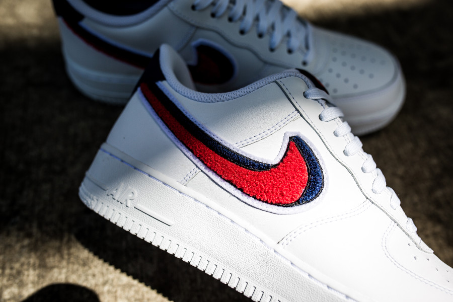 nike-air-force-1-07-lv8-white-university-red-blue-void-823511-106 (5)