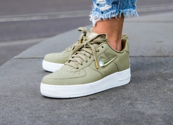 Nike Air Force 1 '07 PRM LX Neutral Olive Gold Jewel Swoosh