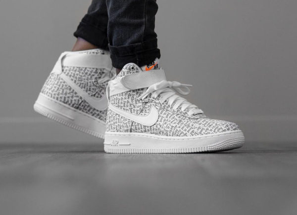 revendeur ce61b 9ee0b Nike Air Force 1 High LX JDI Just Do It Allover Print