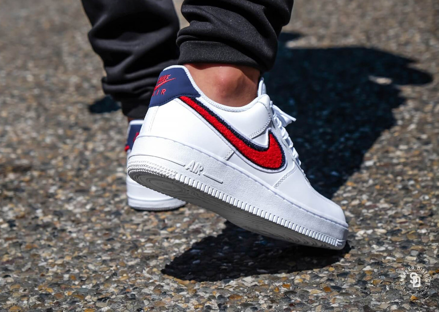 nike-air-force-one-chenille-swoosh-white-on-feet (1)