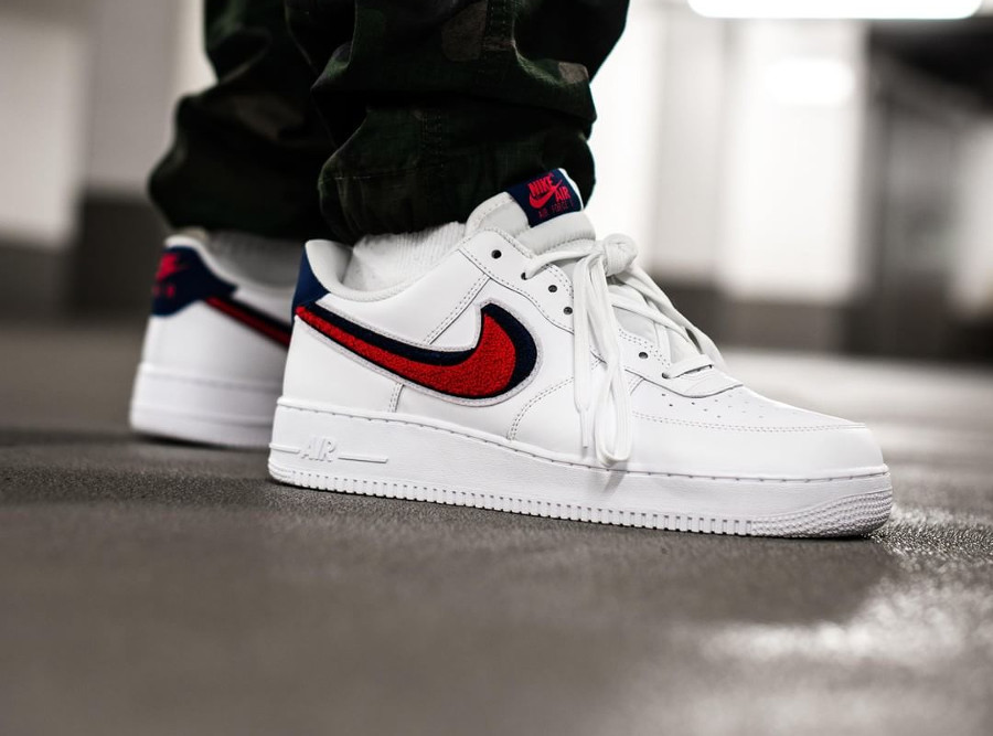 nike-air-force-one-chenille-swoosh-white-on-feet (4)