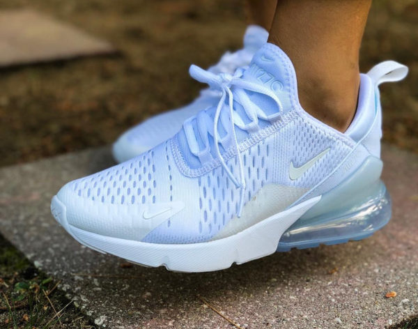 nike-air-max-270-en-mesh-tout-blanc-on-feet