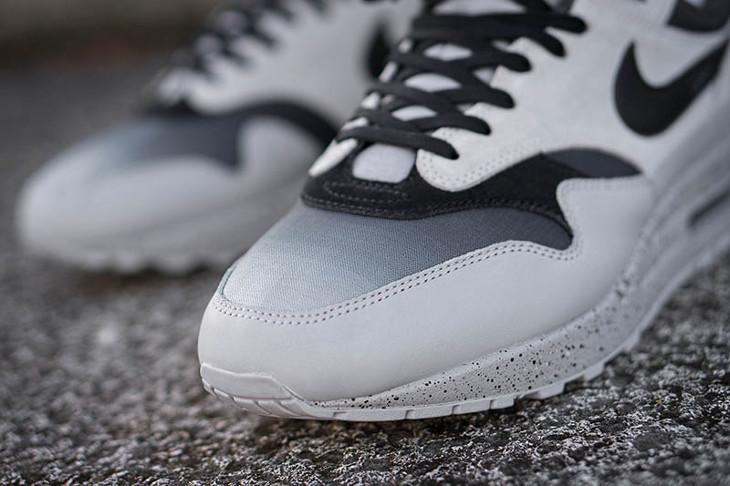 nike-air-max-87-premium-dégradé-gris-et-noir-on-feet-875844-003 (2)