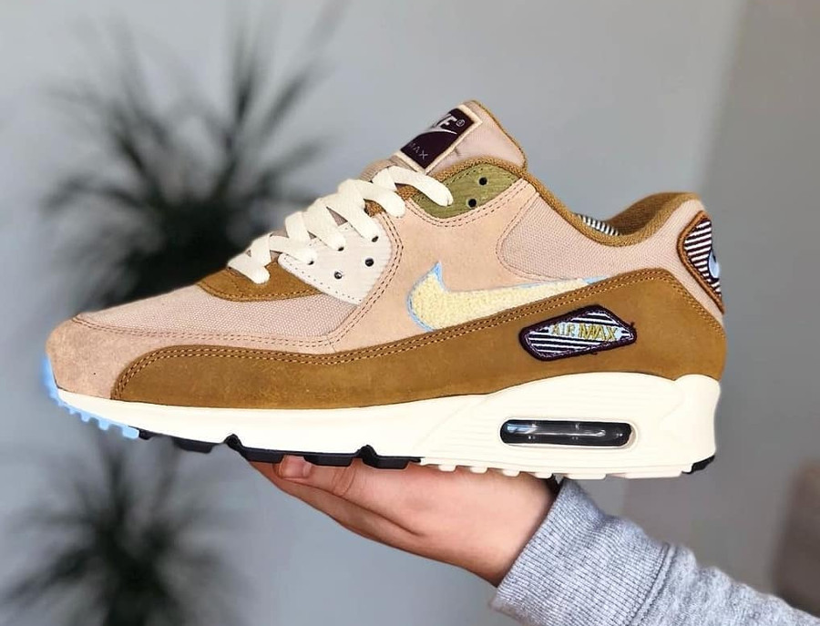 nike-air-max-90-premium-mutted-bronze-858954 200 (1)